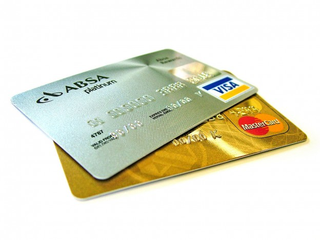 1024px-Credit-cards