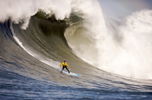 Mavericks_Surf_Contest_2010b